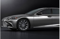 Fotos coches Lexus  Lexus  LS 500h Business