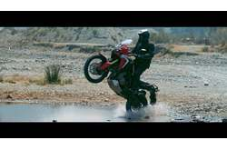 Vídeo Honda CRF1000L Africa Twin 2016 Off Road