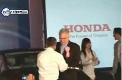 Video Honda FCX Clarity Ceremonia