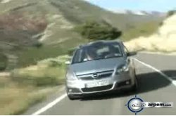 Video Opel Zafira Trailer