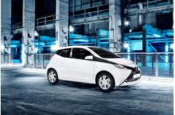 Fotos coches Toyota  Toyota  Aygo 5p 70 x-shift x-play