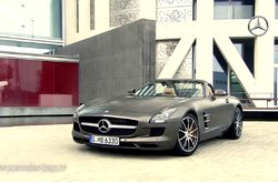 Video Mercedes-Benz SLS AMG Roadster