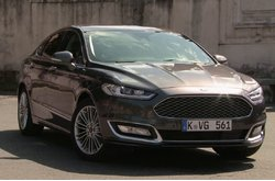 Ford Mondeo Berlina Vignale 2015 Exterior