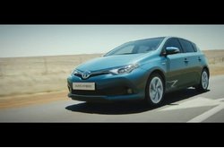 Toyota Auris 2015 Trailer