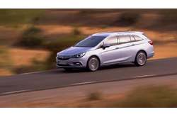 Vídeo Opel Astra Sports Tourer 2016 Dinámico