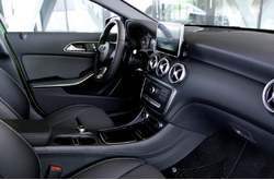Mercedes-Benz A 220d 4MATIC 2016 Interior