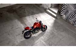 Video Ducati Monster 821 Detalles