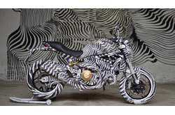 Video Ducati Monster 821 Street Art
