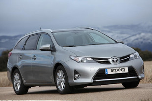 Prueba TOYOTA AURIS TOURING SPORTS