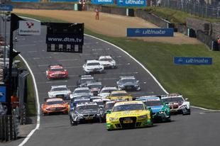 Audi consigue la victoria en Brands Hatch