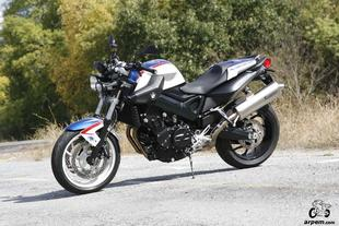 Prueba BMW F 800 R CHRIS PFEIFFER EDITION