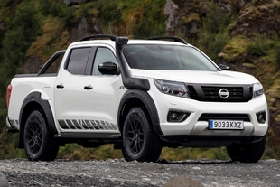 Nissan Navara OFF-ROADER AT32 2020: con más habilidades off-road