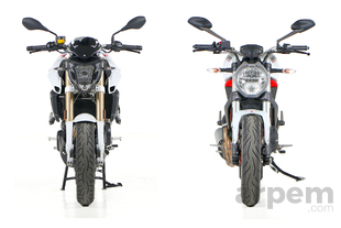 Pruebas de motos Comparativa <br> BMW F 800 R &<br> Ducati Monster 797