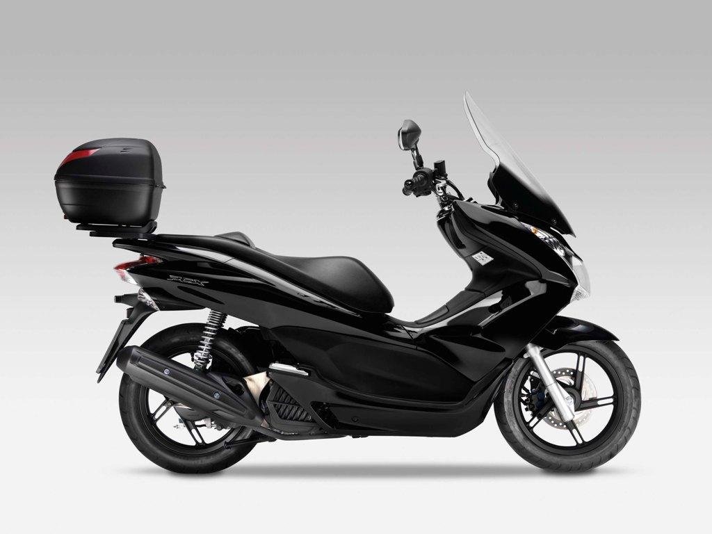 honda pcx 125 scooter accessories wroc awski informator. Black Bedroom Furniture Sets. Home Design Ideas