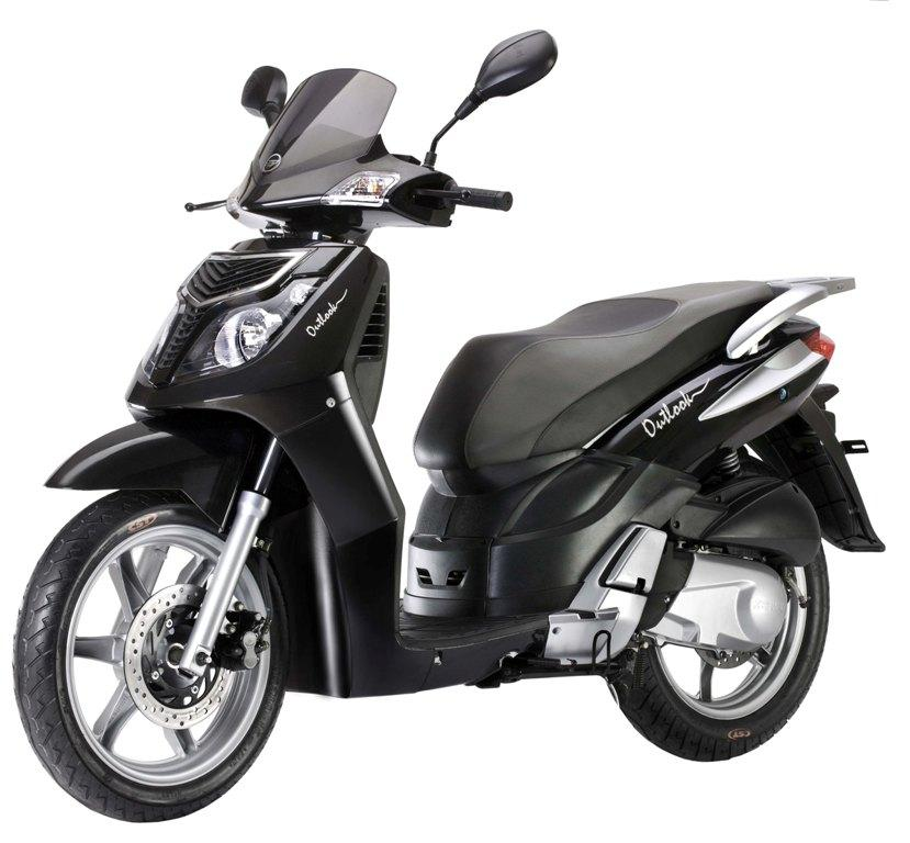 costo rca scooter 125