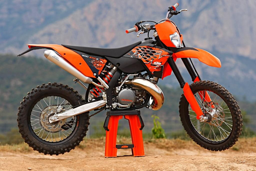 2011 ktm 300 mxc bike review and wallpapers, specification