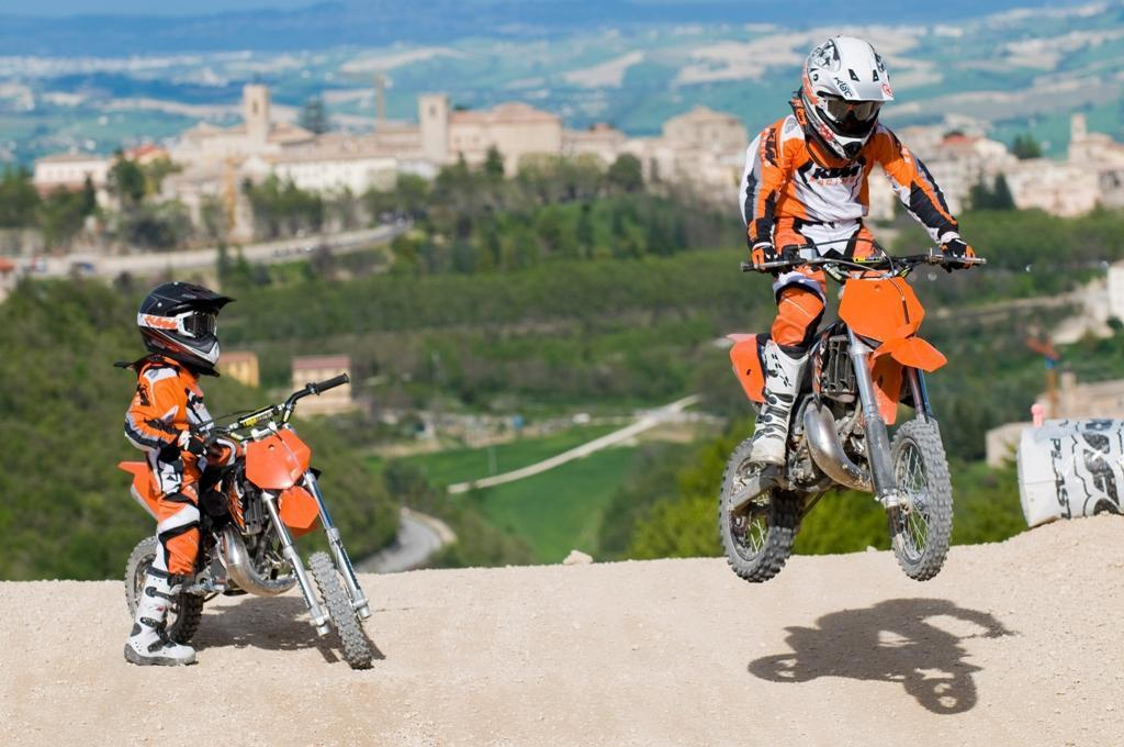 Ktm 85 09. 2006 Ktm 85sx And 2003 Rm