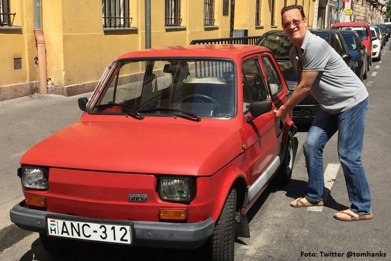 El seguro del Fiat 126 que los fans le regalarán a Tom Hanks
