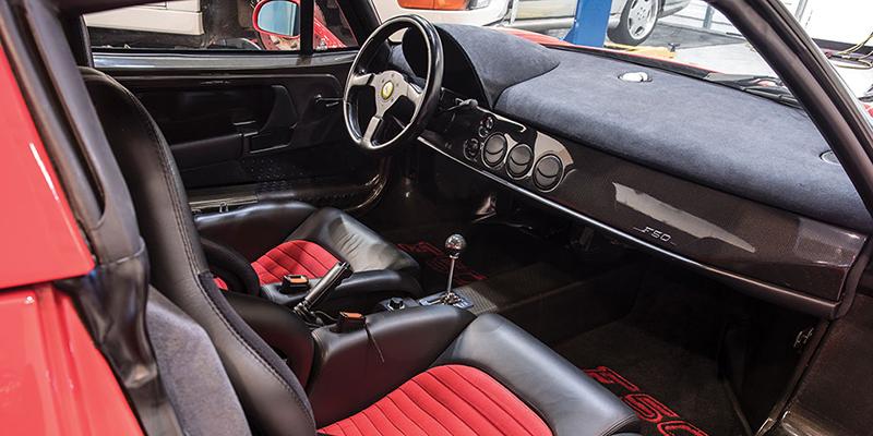 Interior del Ferrari F5. / RM SOTHEBYS