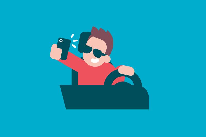 El uso del móvil, uno de los principales motivos de accidente mortal en carretera